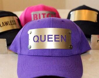 Hat plate: Queen