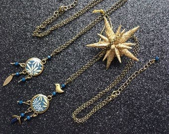 "Necklace ""Dreamcatcher"" blue with golden flowers."