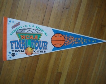 Vintage 1992 Final Four Pennant,  1992 pennant, Duke basketball gift, Vintage Final four, Duke Pennant, Duke Gift, Duke basketball, Pennant
