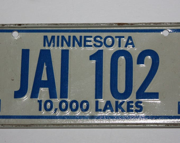 1978 Minnesota 10,000 Lakes Wheaties Post Cereal Premium Bike Mini Metal License Plate