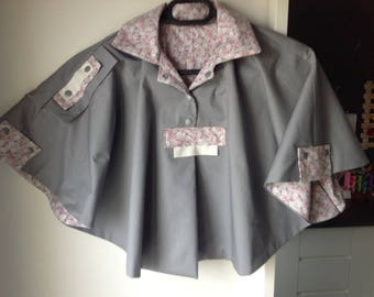 Pearl gray cape and liberty-style flowery interio