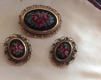 VINTAGE Brooch & Earring Set With Lovely Detail