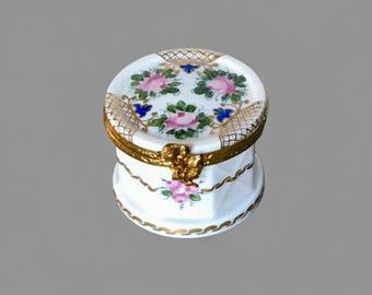 Limoges porcelain trinket box; vintage French pill box; hand painted trinket box; vintage Limoges box; octagonal  pill box; ideal gift box