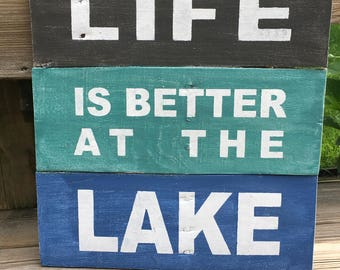 Rustic pallet sign 'Life is better at the lake', lakehouse decor, cottage decor, lake sign, home decor, pallet sign, wood sign