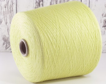600g cotton yarn on cone, Italy/cotton yarn (Italy) on cone, pale yellow-green: Y001094