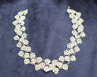 Very intricate 1930's gold plated necklace. A lovely item.