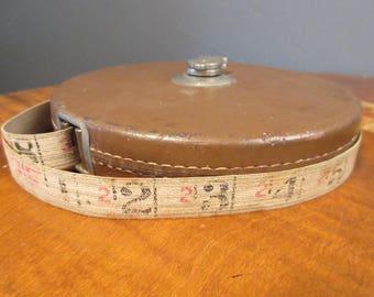 Vintage tape measure, The Lufkin Rule Company