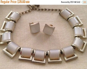 Anniversary Sale Lovely White Thermoset Necklace and Earrings