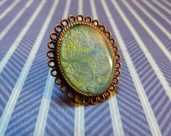 Bohemian ring resin