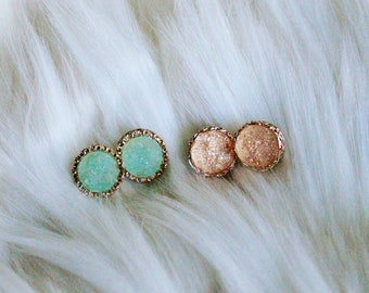 Spring color stone studs