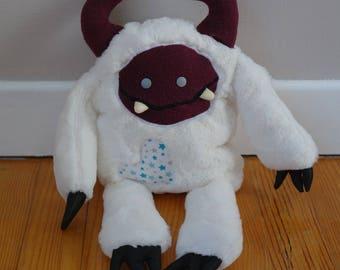 blanket / Plush Stuffed yeti