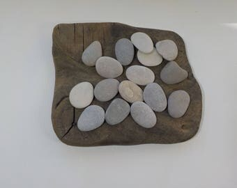 "16 Small 1.2-1.4""/3-3.5cm  Flat Beach Stones - Round Beach Stones - Flat sea stones - Decorative Beach Finds #37"