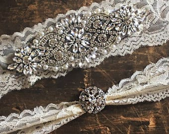 SALE - Wedding Garter Set, bridal garter set, vintage rhinestones, something blue