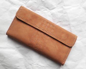 Female clutch/travel bag/women clutch bag/travels bag