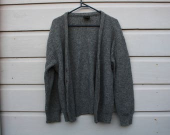 Gorgeous soft wool grandpa cardigan - loose fit - approx size 12