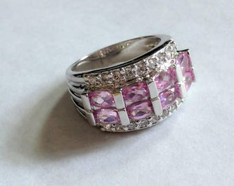 Timeless Vintage Pink and Crystal Sterling Silver Ring - Size 7