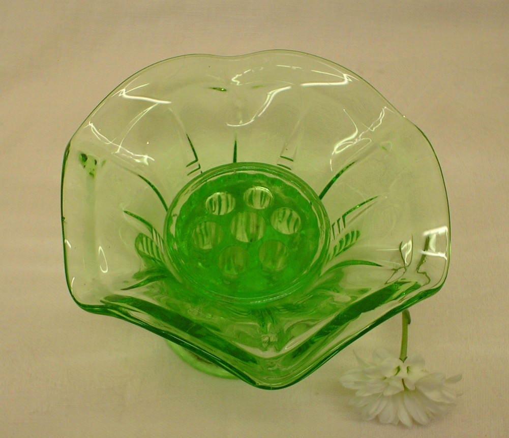 Vintage green glass vase flower frog emerald green colour sold by minervabythesea reviewsmspy