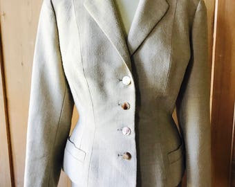 1940s, 50s skirt suit, hourglass beautiful tailored