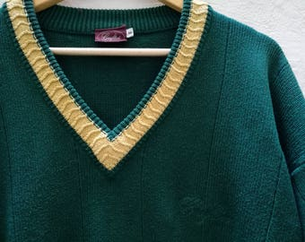 Vintage JUMPER//vintage clothing/gift for women/green/medium size/90s/vintage unisex/Knitwear/vintage knit/winter