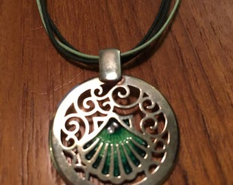 Necklace - St-Jacques de Compostelle - Silver and Enamel Fire .925 silver - Free Shipping