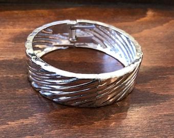 Vintage Silver Toned Hinge Bracelet