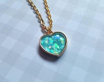 Shimmery heart necklace, Mermaid heart necklace, Heart necklace, Heart pendant, Pendant necklace, Shimmery, Mermaid heart, Mermaid, Heart