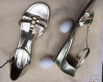 Vintage 90s Enzo Angiolini Gold Snakeskin T-Strap Wedge Sandals   9