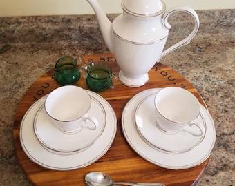 Lazy Susan turntable - dinner service - Acacia wood - custom engraved