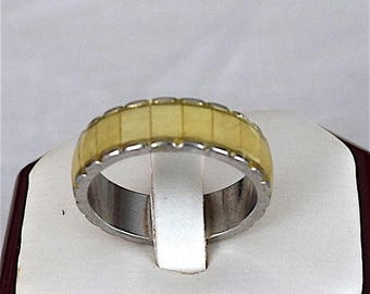 Summer Sale Hawaiian Stainless Steel Ring With Yellow Mother of Pearl