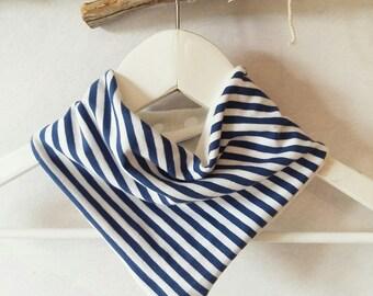 Sea bamboo and organic cotton bandana bib