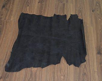 Leather skin of black lamb (2017081702)