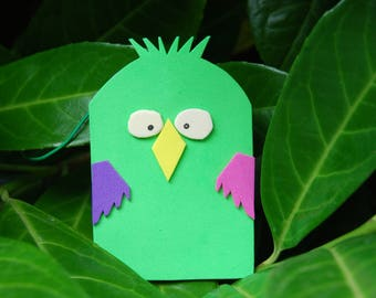 Green bird bag tag
