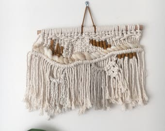 Macrame wallhanging 'Mustard mini'
