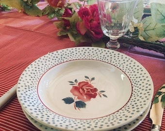 4 dinner plates and 4 soup plates Digoin Sarreguemines. 1940's tableware. Model is RENE. Old dishes.