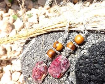 Rose petal and Pearl Earrings made of wood