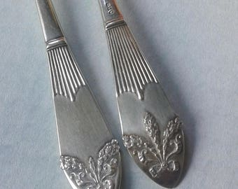2 silver forks, 830 silver