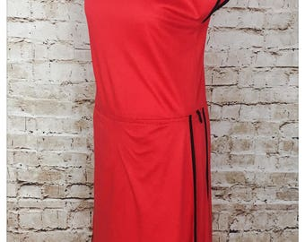 Gorgeous red dress with layered skirt S-M