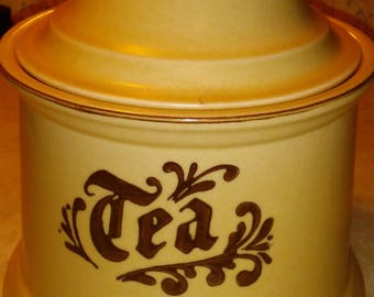Pfaltzgraff village tea container