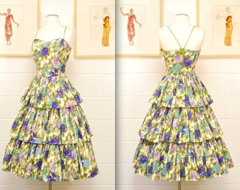 1950's Floral Tiered Garden Party Dress / Fit and Flare / Sweetheart Neckline / Rockabilly / Rare Collectible Retro