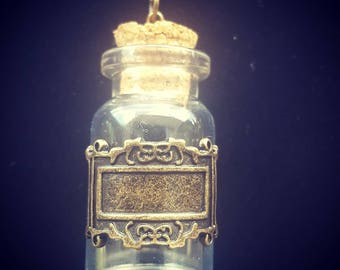 Detailed Potion necklace