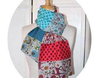 Echarpe patchwork en coton gris bleu rose, echarpe en jersey de coton bleu et rose, echarpe recyclage en coton,echarpe a pois