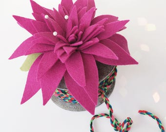 Pink Felt Flower Topped Spool . Oversized Vintage Wooden Spool with Ribbon and Pincushion . Felt Flower Pincushion