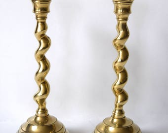 Set of 2 antique candlestick candle holders solid brass Beautiful!!!!