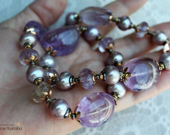Set of necklaces and 2 pairs  earrings made from pearls AAA+ and large natural amethysts