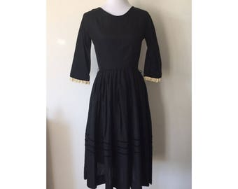 1950's Black 3/4 Sleeve Dress with Cream Eyelet Lace Trim and Velvet Details // M