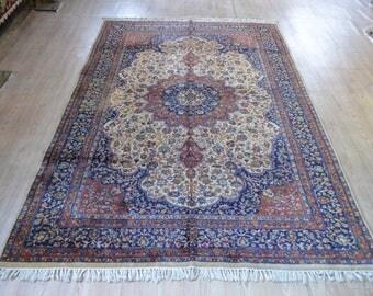 Persian rug. Vintage rug. Persian carpet. Carpets. Persian vintage rug. Free shipping. 8.5 x 5.4 feet.