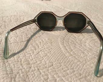 Vintage octagonal eyewear