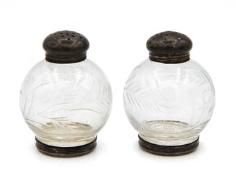 Etched Glass Salt And Pepper, Antique 1900s Shakers Set, Sterling Silver Salt Pepper, Engraved Glass Shakers, Frank M Whiting, Elegant Fancy