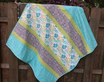 Reversible baby quilt