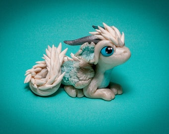 Ayla: Winter Snow Frost Dragon